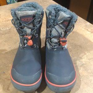 Kids keen boots